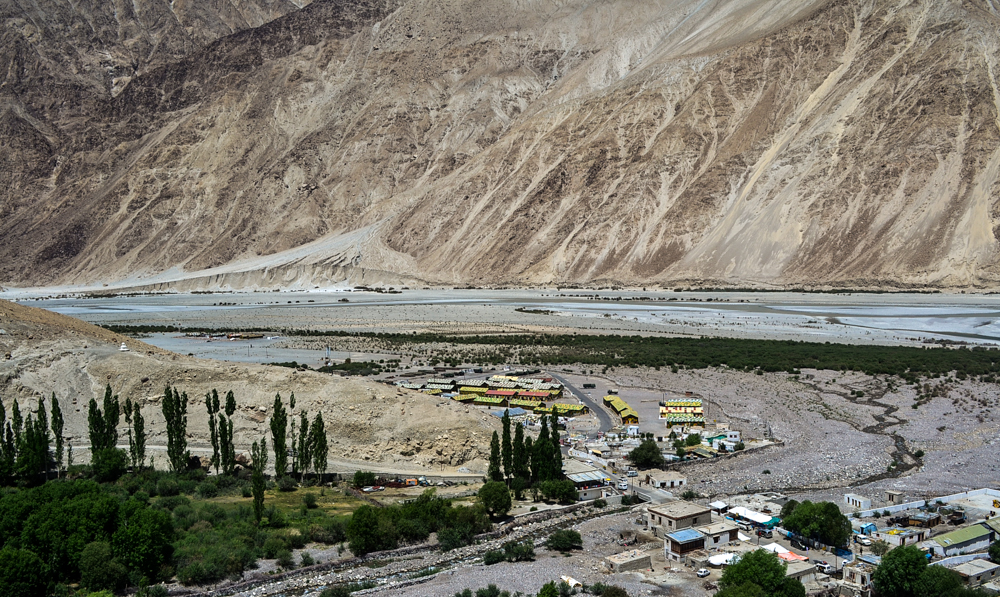 Army transit camps enroute Nubra